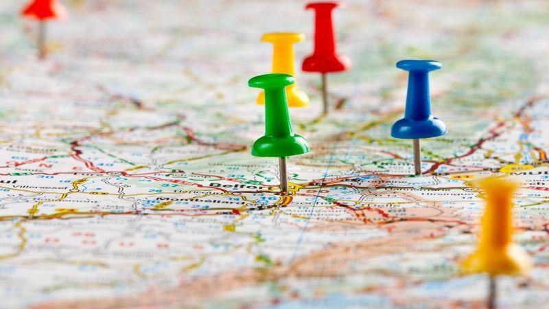 Landkarte mit Pins