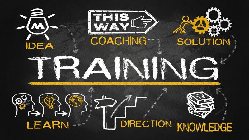 Auf schwarzem Hintergrund sind mit weiß und gelb einige Themen von Workshops, wie Idea, Learn, Coaching u.a. auf Englisch mit einigen passenden Icons dargestellt.